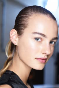 braid nars-jw-anderson-ss16-beauty-look-3