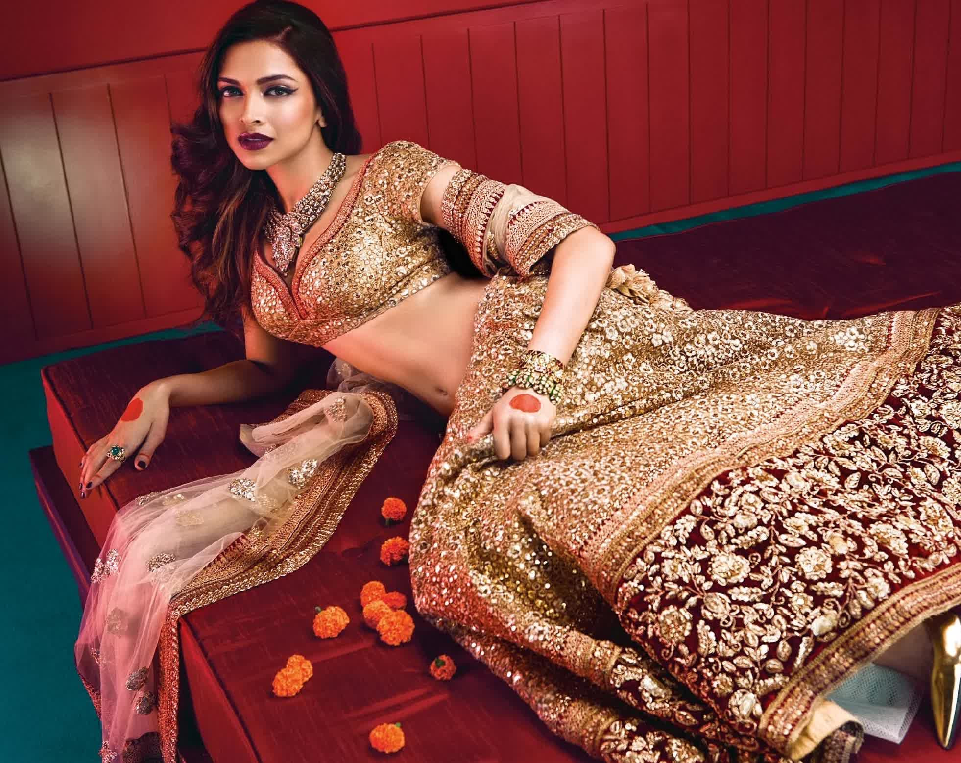 Light Up Your Style this Diwali!