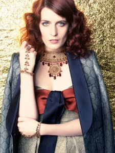 florence-and-the-machine-2012-e1349469029665